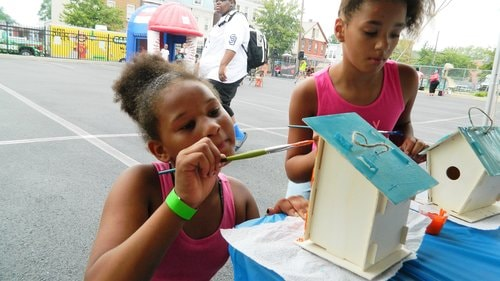 Neighborhood girls get creative at Homeland Center Summertime Fair
