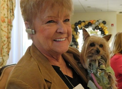 maryann smith and tessy volunteer at Homeland Center